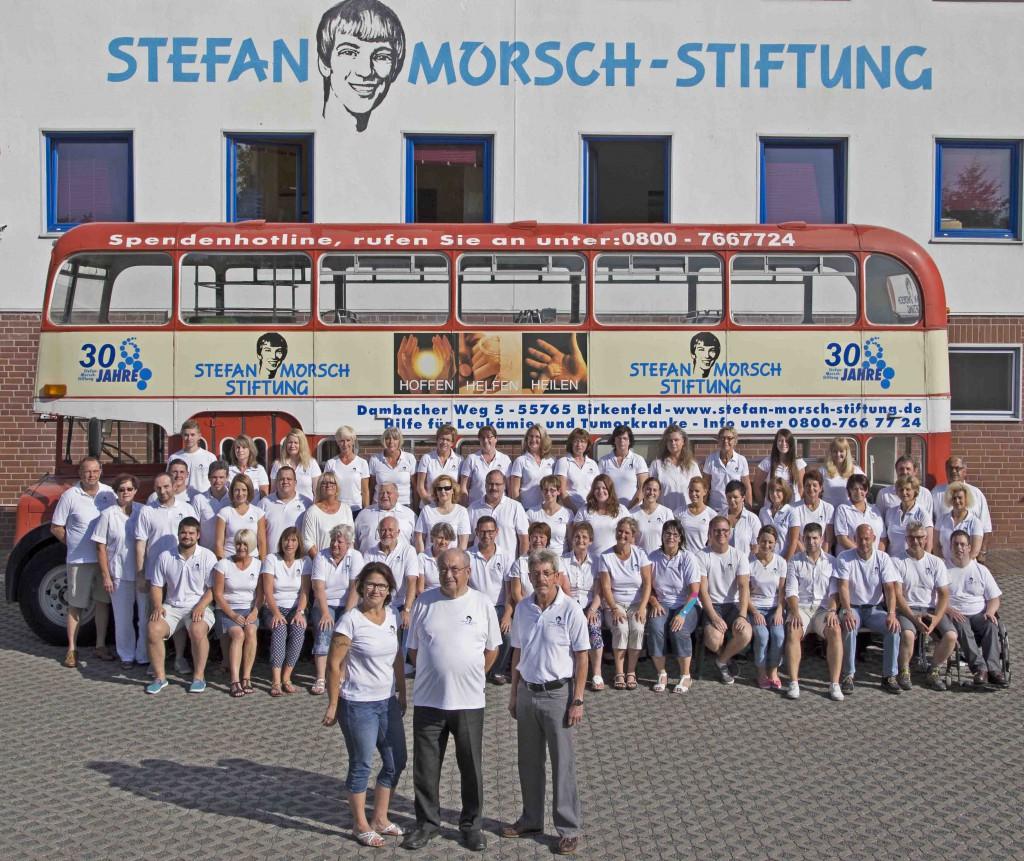 Gruppenfoto der Stefan-Morsch-Stiftung